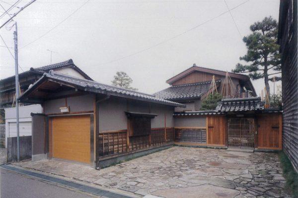 里見町の家